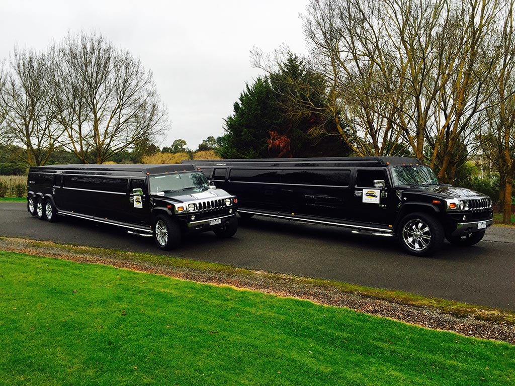 5 Reasons To Hire A Stretched Hummer For Your Wedding